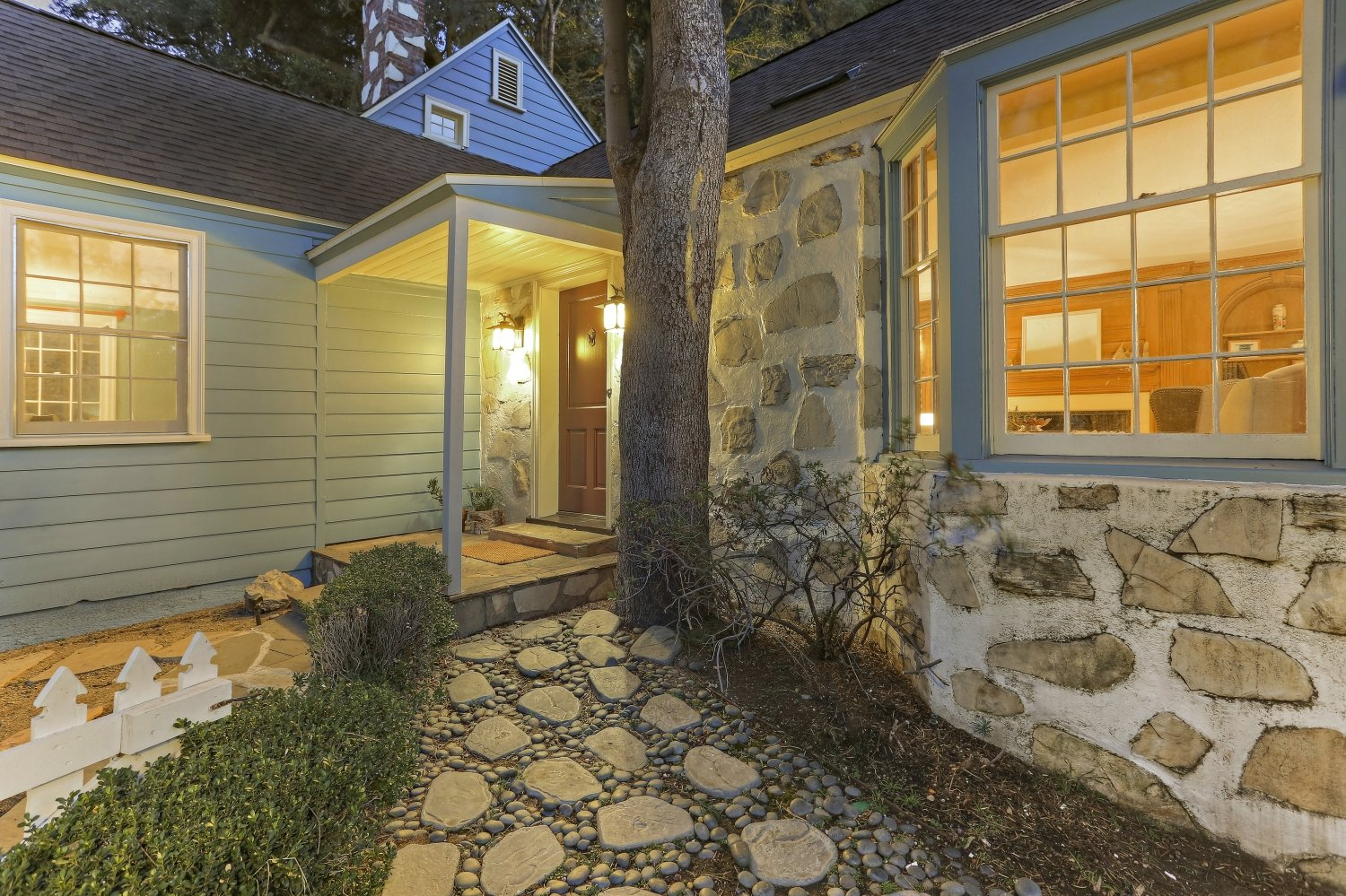 Pennsylvania Dutch Cottage Gerard Colford for sale in Glendale CA - Front Door Entrance