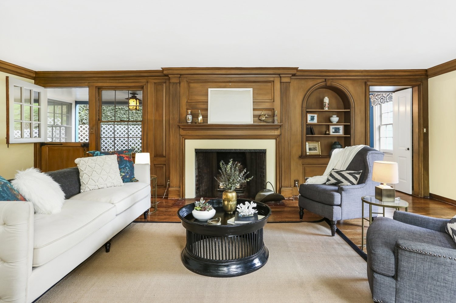 Pennsylvania Dutch Cottage Gerard Colford for sale in Glendale CA - Living Room