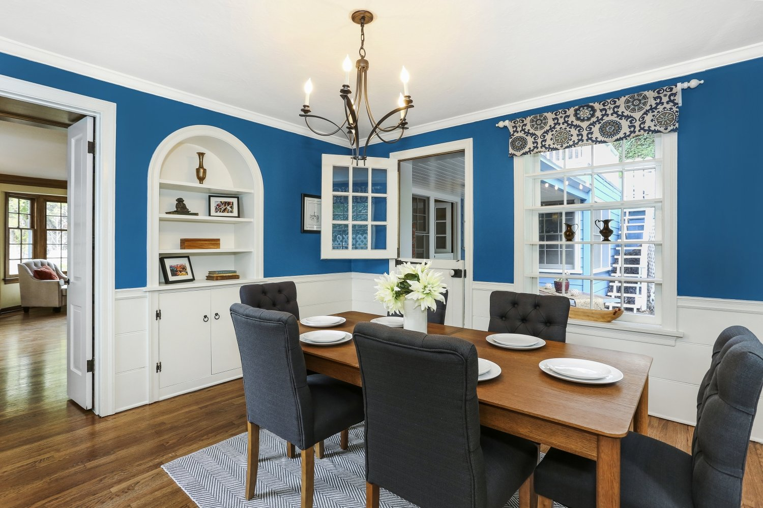 Pennsylvania Dutch Cottage Gerard Colford for sale in Glendale CA view of Dining Room