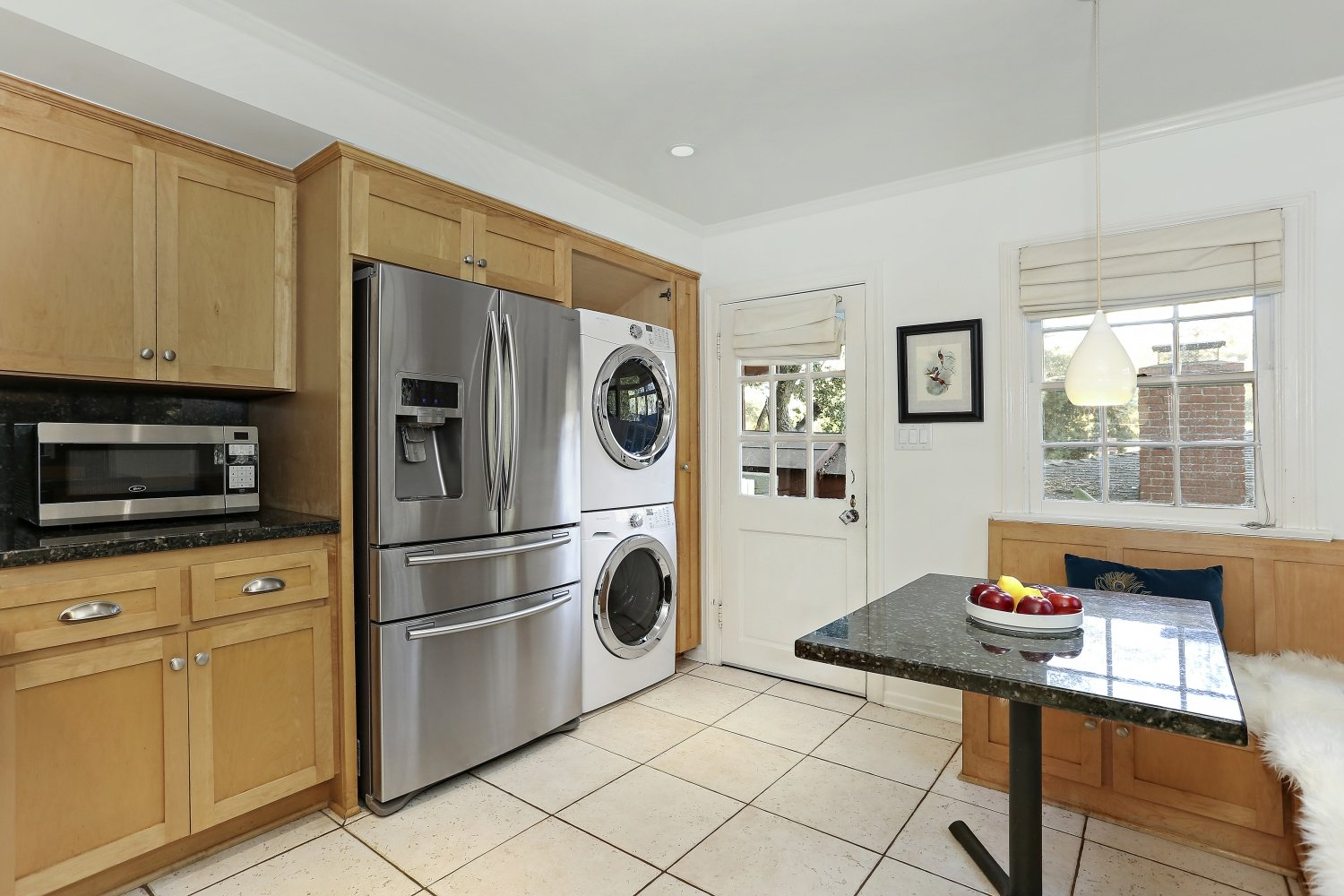 Pennsylvania Dutch Cottage Gerard Colford for sale. 2310 E Chevy Chase Dr. Glendale CA - Kitchen with washer and dryer