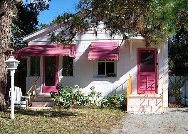 Pink Flamingo Cottage C1930 Tybee Island Ga
