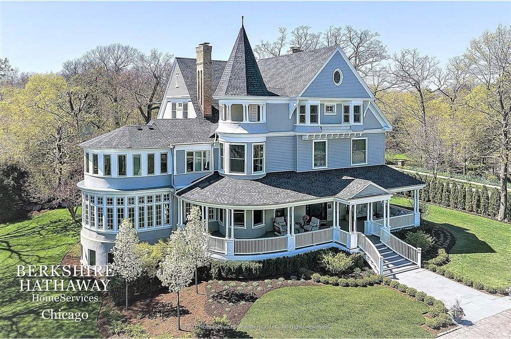 Spectacular Queen Anne House in Highland Park IL for sale