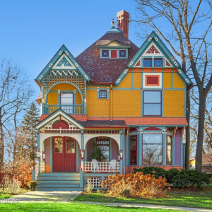 Queen-Anne-colorful-painted-lady-for-sale-in-Wheaton-IL
