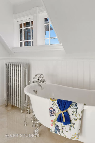 Clawfoot tub - Circa 1890 Queen Anne home in Wheaton IL on the market