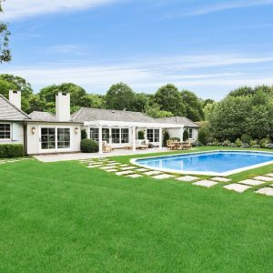 Rachel Ray Is Selling Her Beautiful Southhampton Home