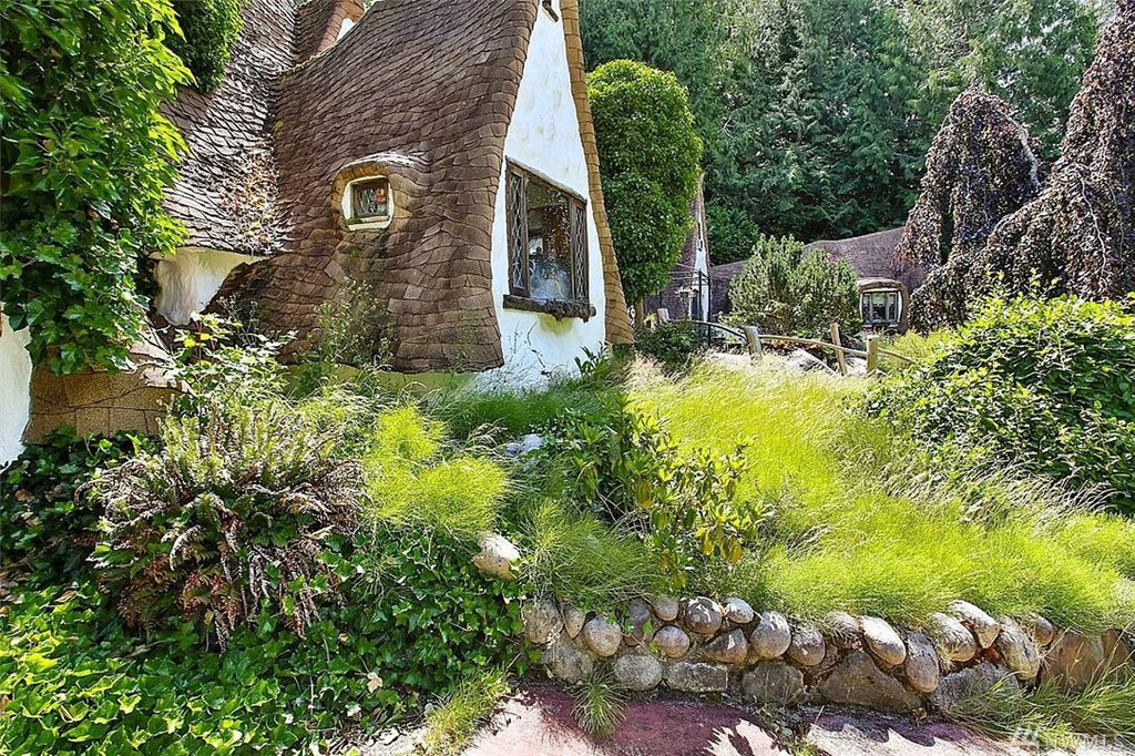 Real life Snow White's Cottage can be yours for sale in Olalla WA