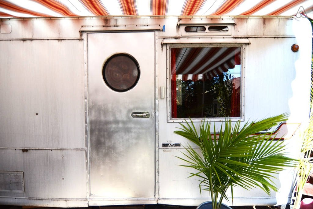 Retro Retreat travel trailer to rent in Altadena Ca