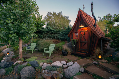 Rickety Shack looks like it is straight out of a cartoon - Houzz