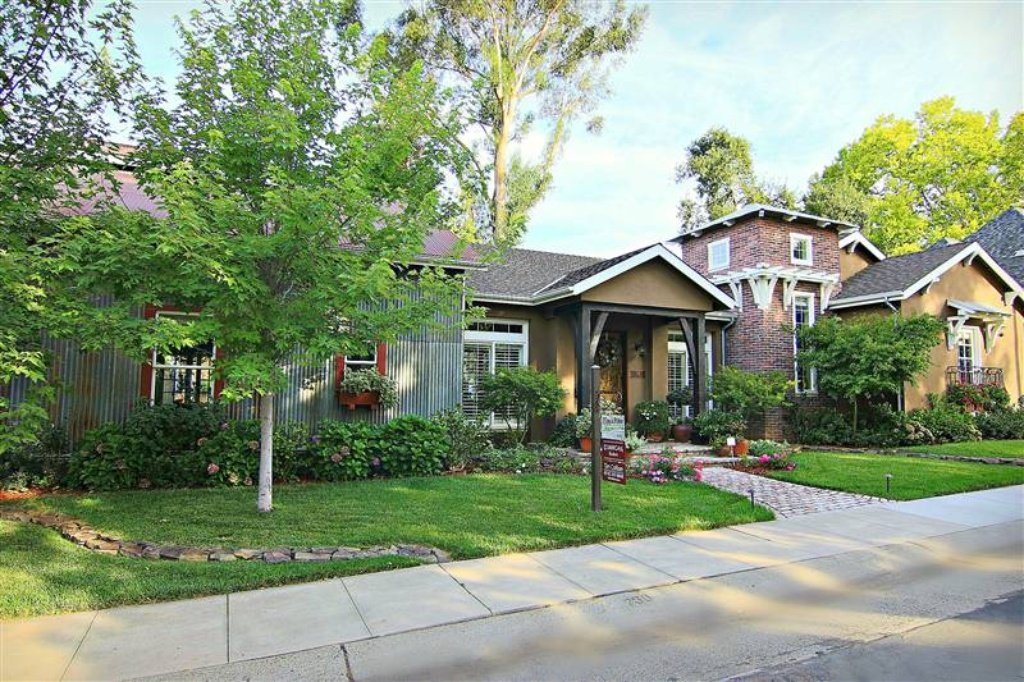 Sacramento CA house is sold. 3 beds, 3.5 baths is bigger inside than it looks and has beautiful landscaping, pool, and patio