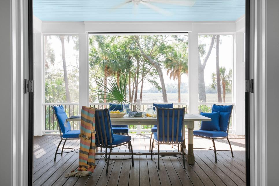 Screened porch - The HGTV Dream Home 2020