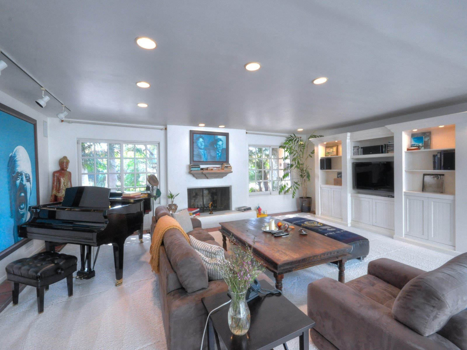 Sean Penn House living area for sale Sothebyshome