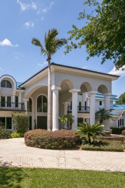 Shaquille O'Neal Mansion in Florida For Sale