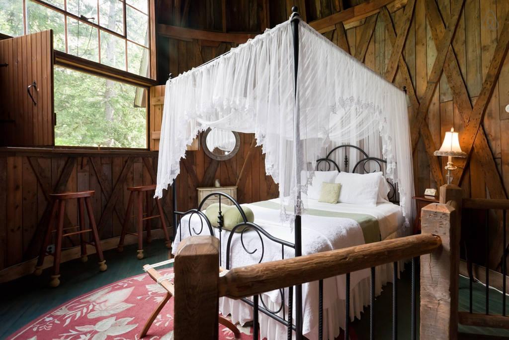 Studio Silo Romantic Bedroom