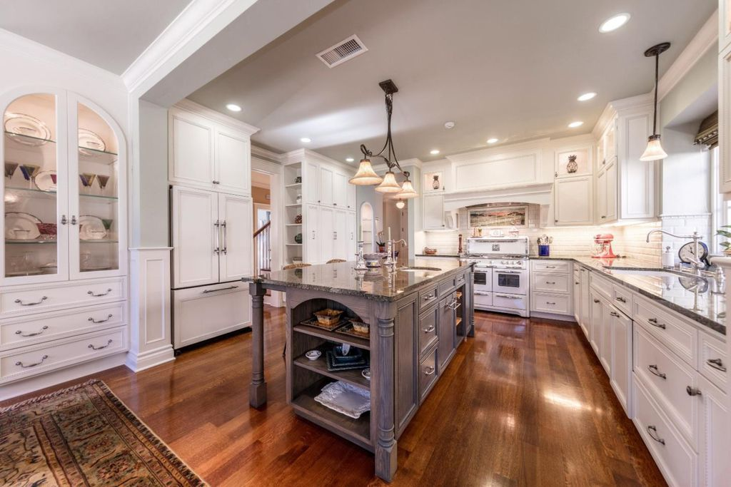 Stunning white kitchen in Los Gatos CA home for sale