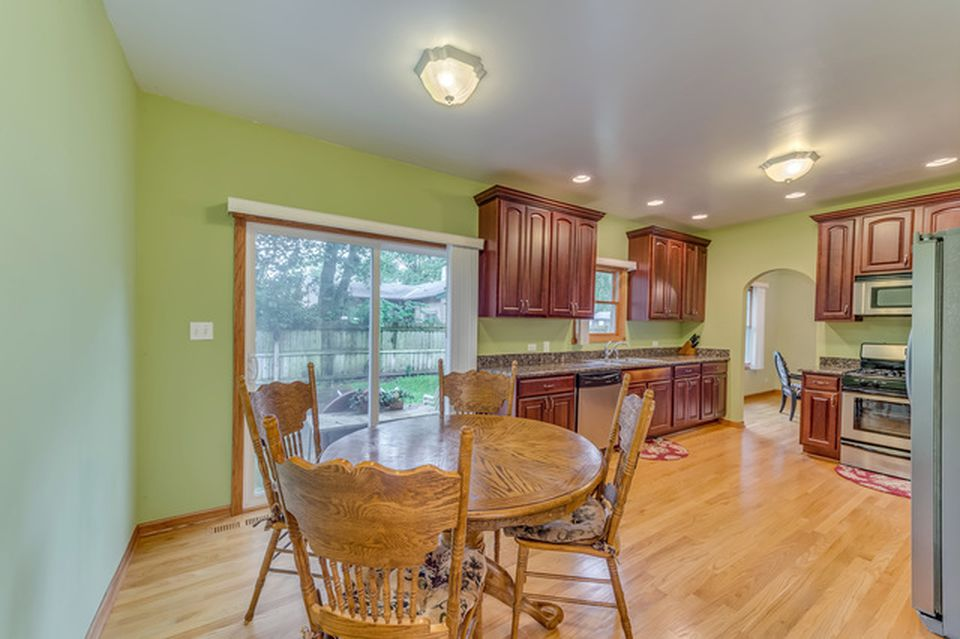 The Belushi Brothers childhood home in Wheaton IL for sale -Eat-In area of Kitchen