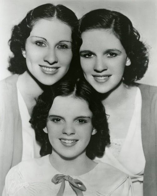 The Gumm (Garland) sisters Mary Jane, Virginia and the youngest Frances (Judy Garland)