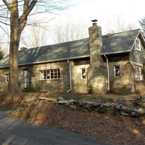 The Pumpkin cottage 105 Ladder Hill Rd N Weston, CT for sale