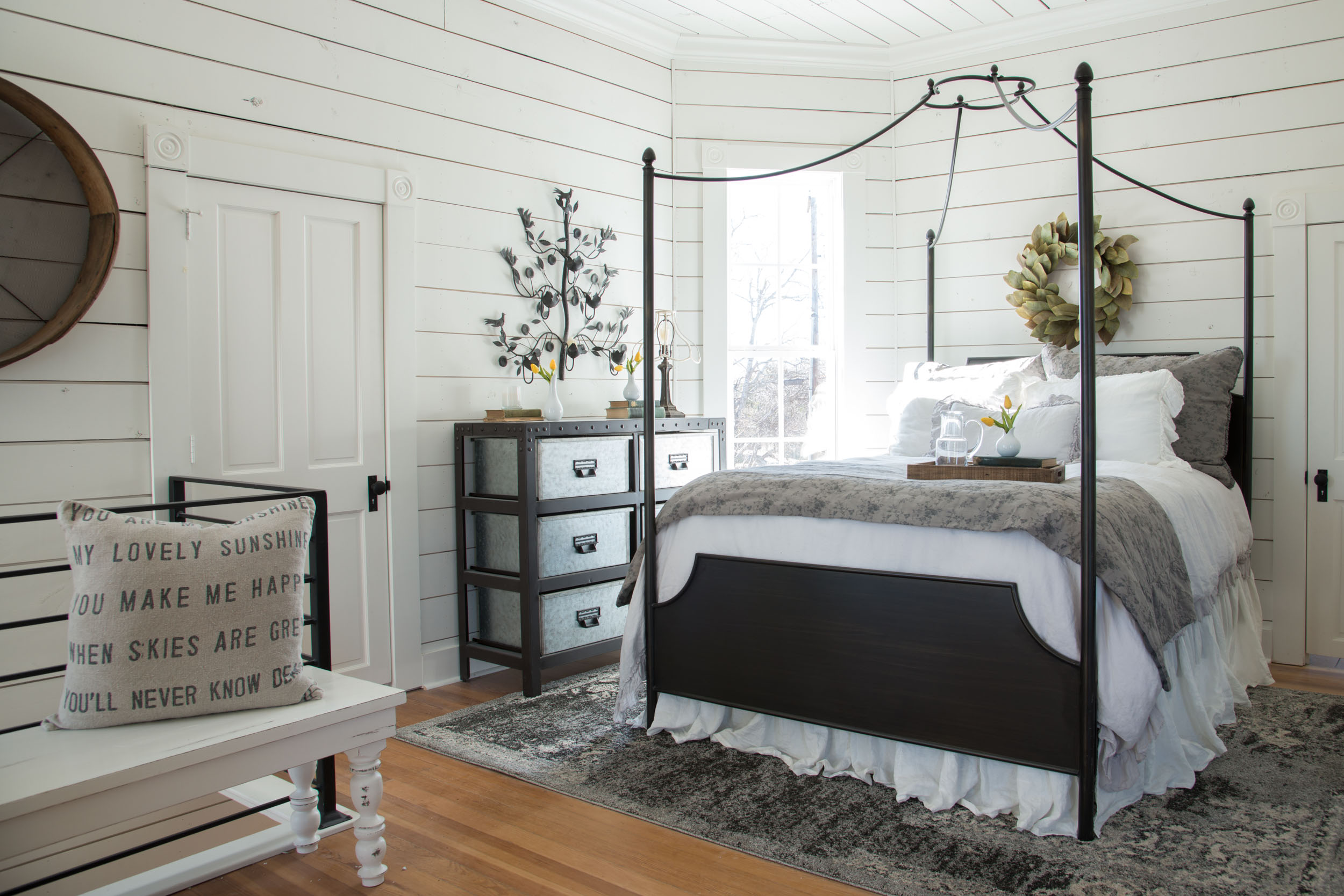 The awesome cozy bedroom in the Fixer Upper Magnolia House