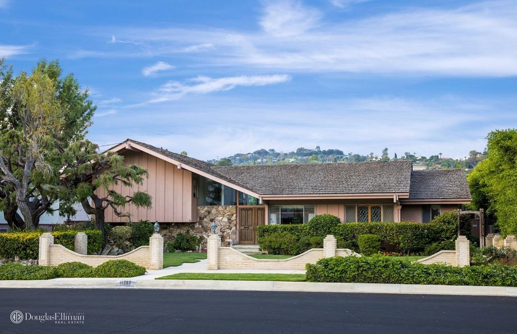 The famous Brady Bunch House is for sale for the first time in 50 years.