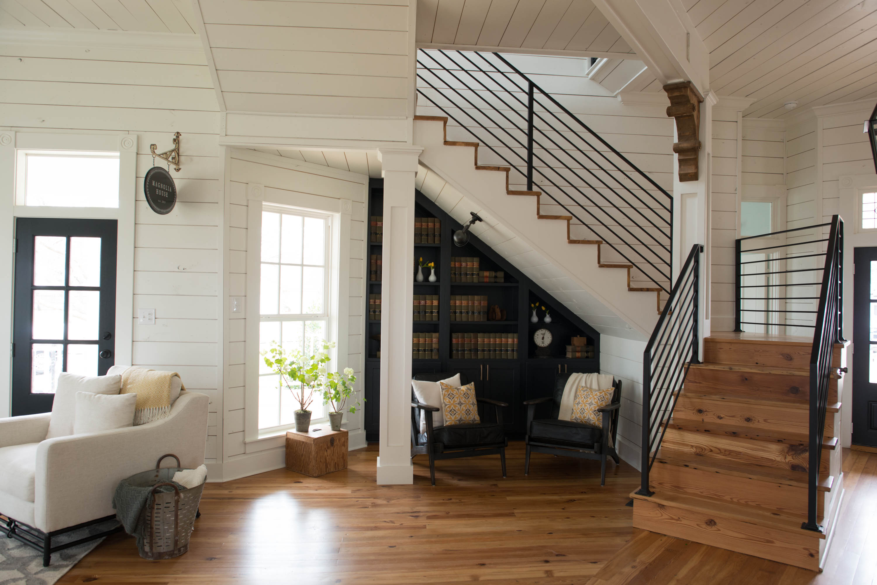 The wonderful home designed by Chip and Joanna Fixer Upper Magnolia House