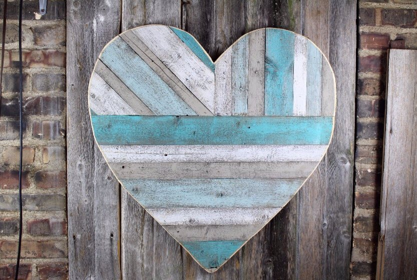 Three Way Pallet Heart by Custom Cut Decor