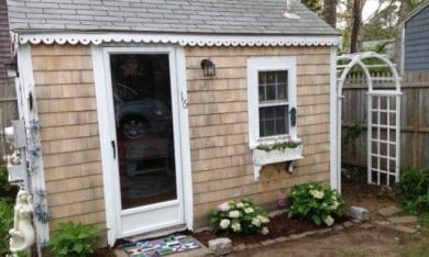 A Tiny Cape Cod Cottage in Massachusetts