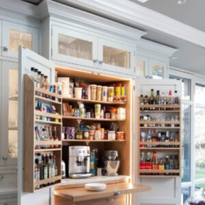 Traditional Kitchen Pantry - Houzz.