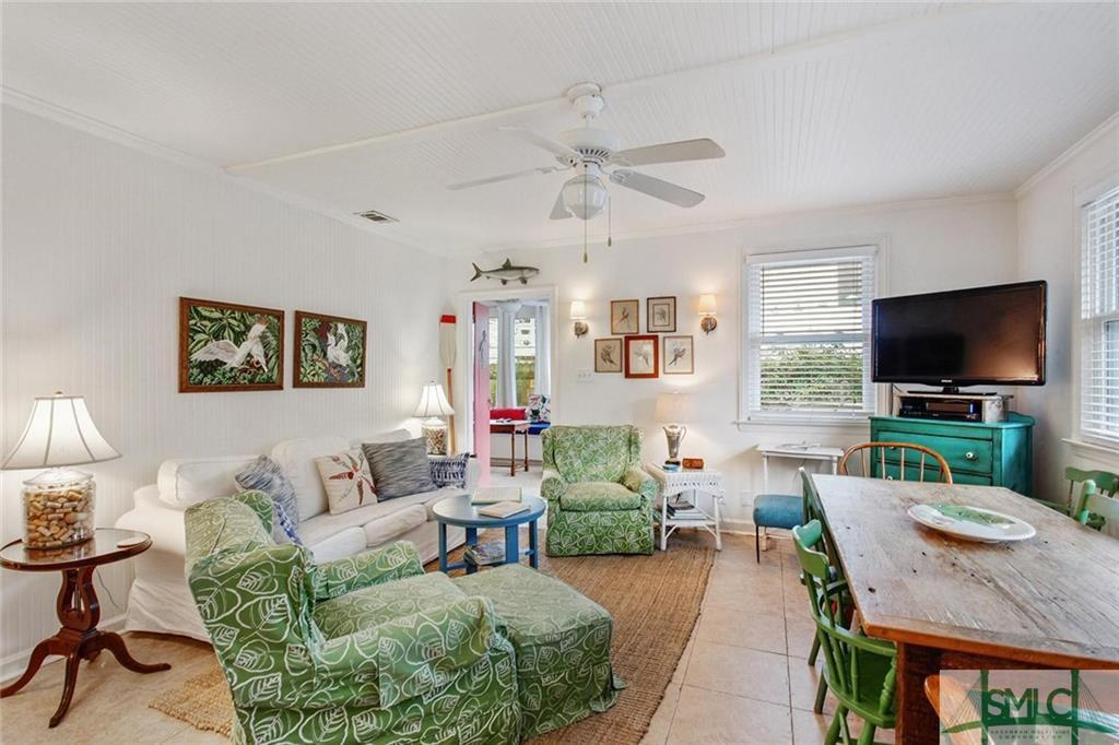 Beach cottage - the Castaway on Tybee Island for sale