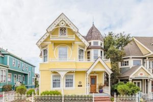 A Sweet Victorian called The Daffodile Pacific Grove CA for sale