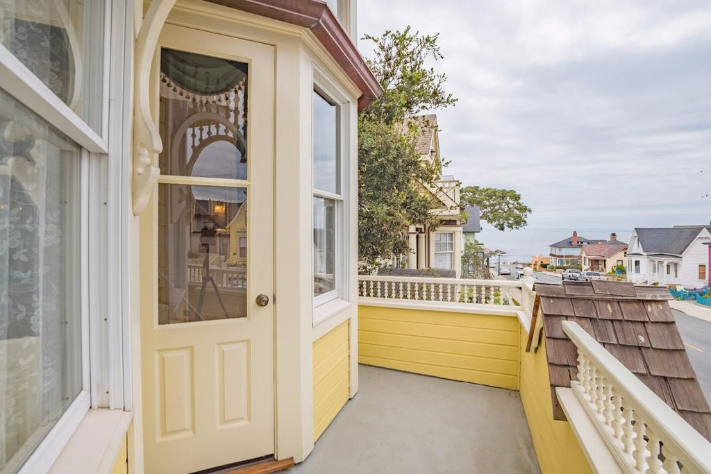 Victorian Yellow House The Daffodil for sale in Pacific Grove CA - Second Floor Deck