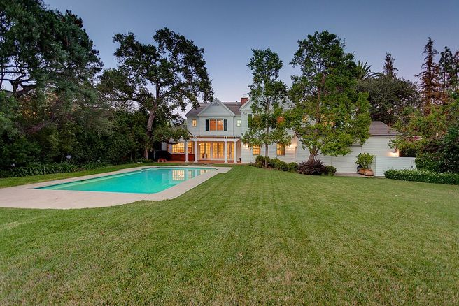Vince Vaughn California Colonial Mansion