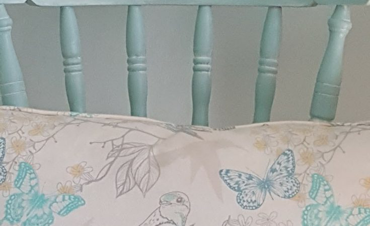 Vintage Farmhouse Style Chair Gets A Coastal Makeover with Dixie Bell Paint