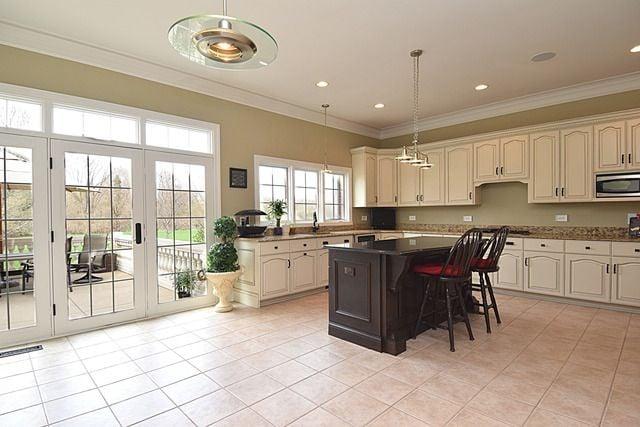 Warrenville IL estate for sale