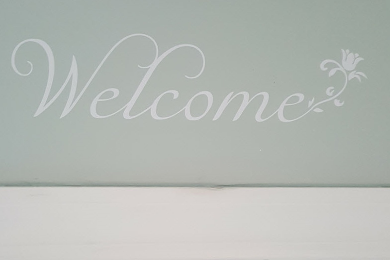 Welcome Flower Decal - Housekaboodle