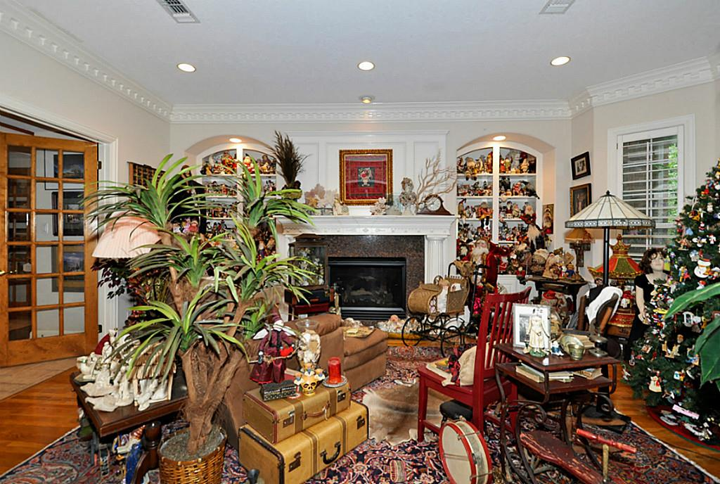 Most unusual real estate listing ever in Texas - The Family Room