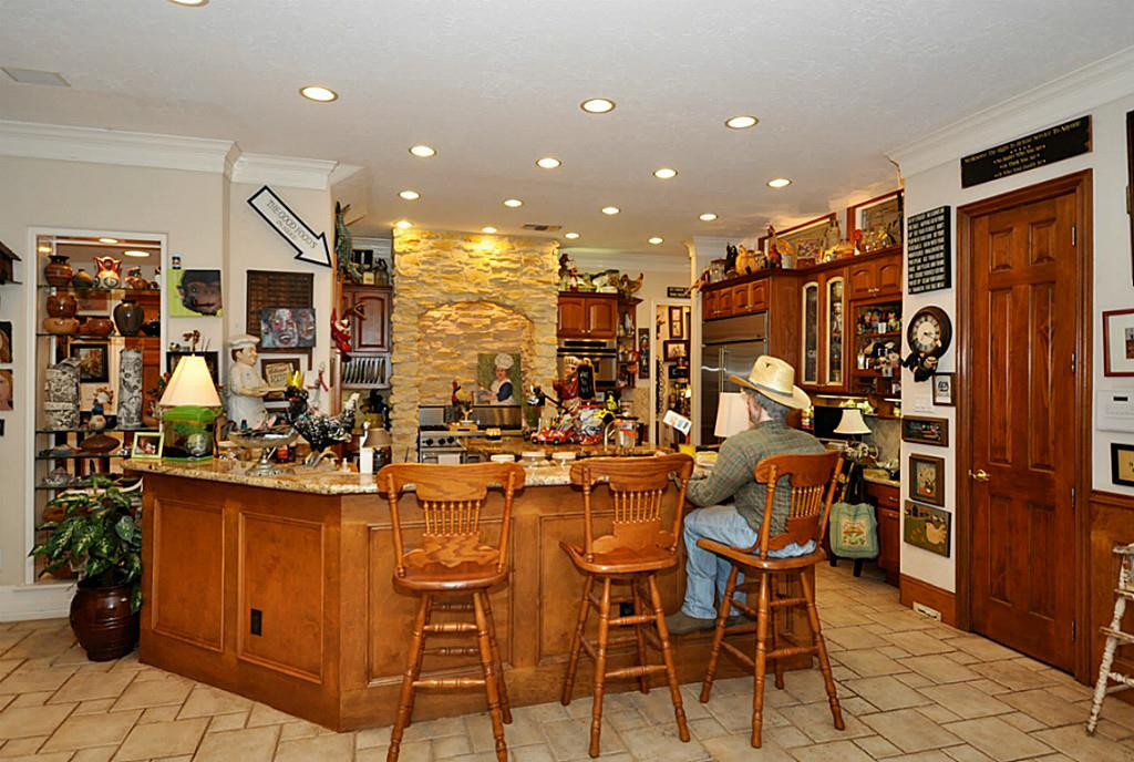 The most unusual real estate listing ever in Texas - The Kitchen